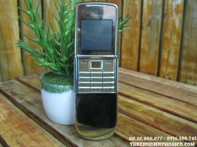 Nokia-8800-Sirocco-gold-zin-13039.jpg