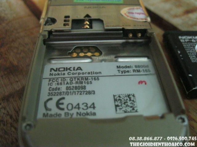 Nokia-8800-Sirocco-gold11.jpg