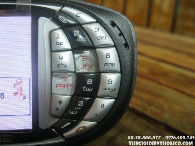 Nokia-Ngage-Black4.jpg