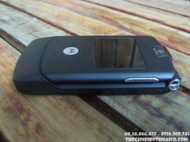Motorola-V3-13241.jpg