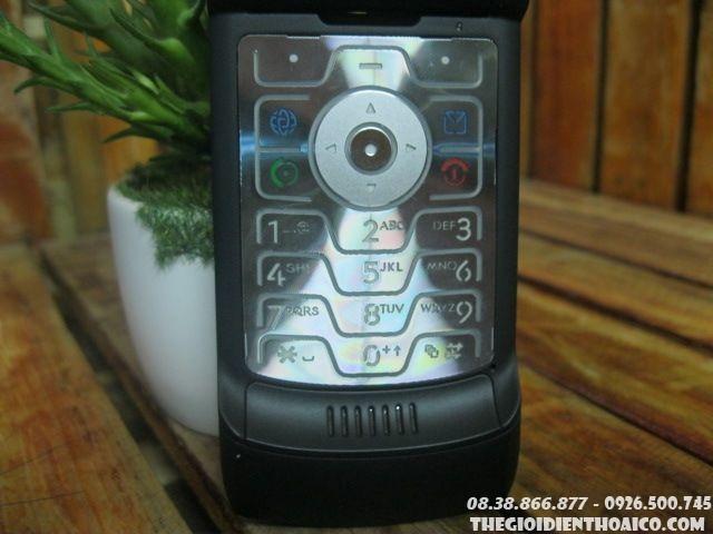 Motorola-V3-132416.jpg