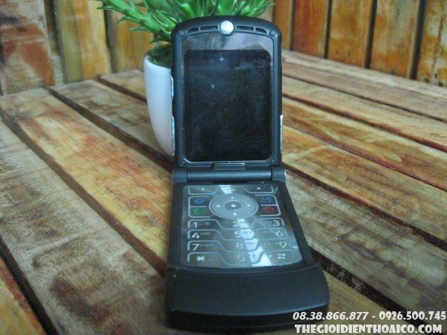Motorola-V3-13244.jpg