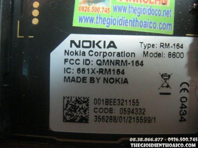 Nokia-8600-luna-13481.jpg