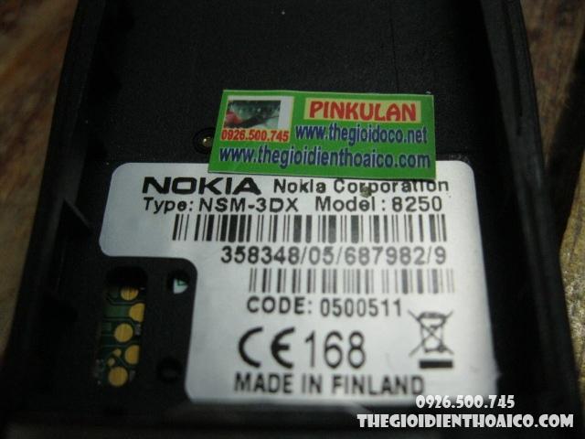 nokia-8250-vo-nokia-8250-pin-nokia-8250-phim-nokia-8250_8.jpg