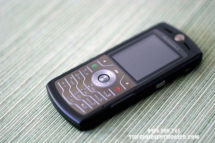Motorola-L7-Motorola-L7-zin-Motorola-L7-chinh-hang-Motorola-L7-dep_9gfbEd.jpg