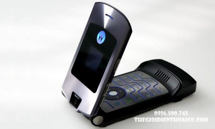 Motorola-V3-Motorola-V3-zin-vo-Motorola-V3-ban-phim-Motorola-V3-Motorola-V3-chinh-hang_5result.jpg