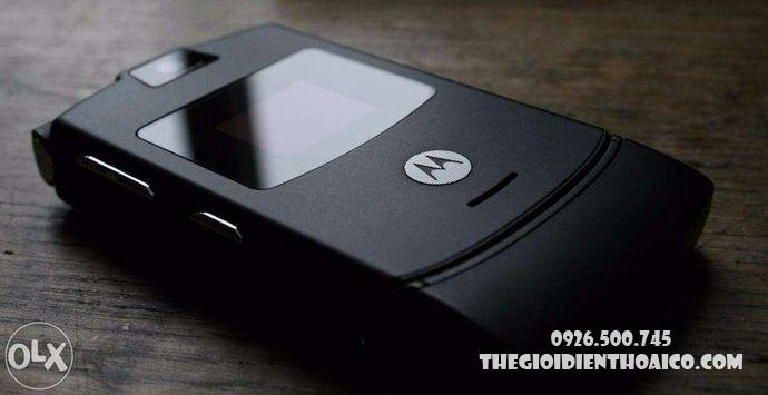 Motorola-V3-Motorola-V3-zin-vo-Motorola-V3-ban-phim-Motorola-V3-Motorola-V3-chinh-hang_9result.jpg