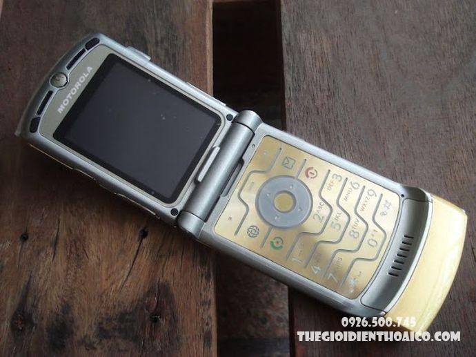 Motorola-V3i-Motorola-V3i-zin-Motorola-V3i-chinh-hang-voMotorola-V3i-ban-phim-Motorola-V3i_2result.jpg