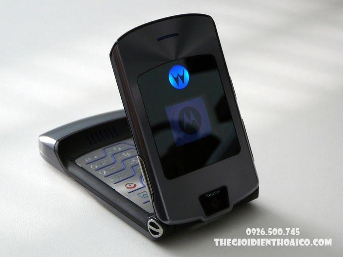 Motorola-V3i-Motorola-V3i-zin-Motorola-V3i-chinh-hang-voMotorola-V3i-ban-phim-Motorola-V3i_3result.jpg