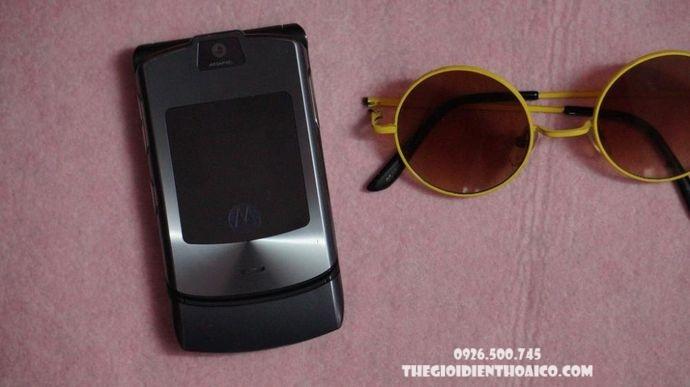 Motorola-V3i-Motorola-V3i-zin-Motorola-V3i-chinh-hang-voMotorola-V3i-ban-phim-Motorola-V3i_4result.jpg