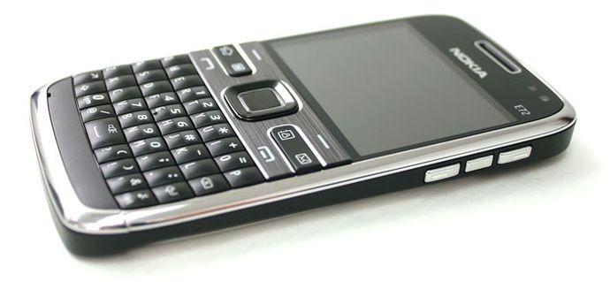Nokia-E72-Nokia-E72-zin-Nokia-E72-chinh-hang-mua-Nokia-E72-ban-Nokia-E72-phim-Nokia-E72_12.jpg