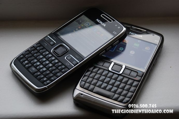 Nokia-E72-Nokia-E72-zin-Nokia-E72-chinh-hang-mua-Nokia-E72-ban-Nokia-E72-phim-Nokia-E72_16.jpg