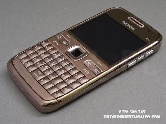 Nokia-E72-Nokia-E72-zin-Nokia-E72-chinh-hang-mua-Nokia-E72-ban-Nokia-E72-phim-Nokia-E72_6.jpg