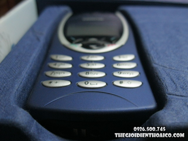 Nokia-8210_6.jpg