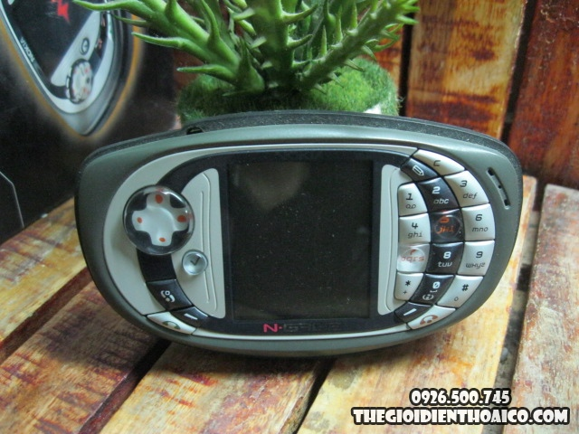 Nokia-Ngage_6k8dVB.jpg