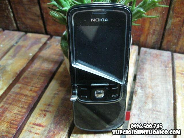 Nokia-8600_1.jpg
