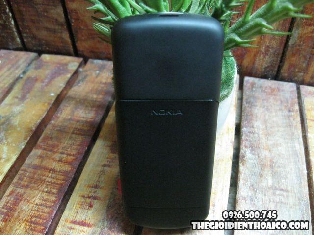 Nokia-8600_2.jpg
