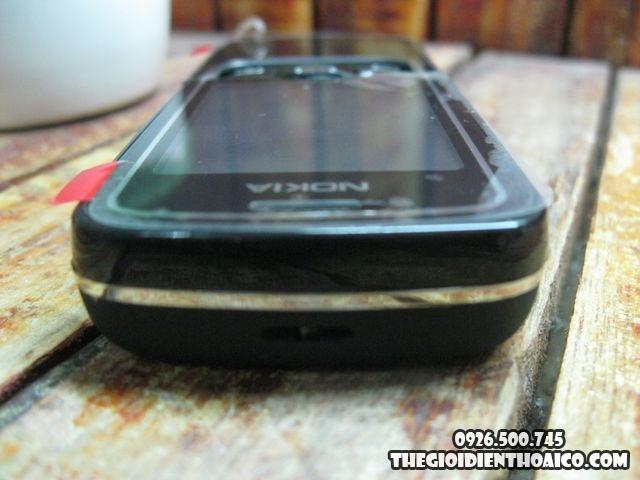 Nokia-8600_1BkCQz.jpg