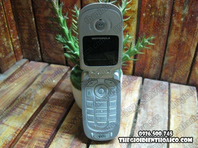 Motorola-V171_7.jpg