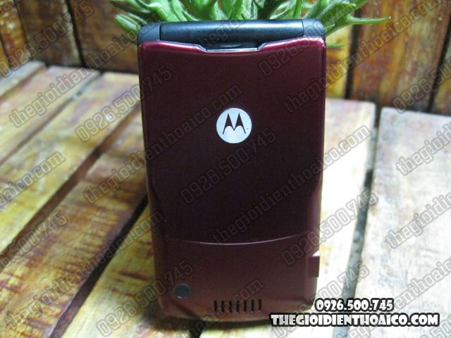 Motorola-V3i_2.jpg