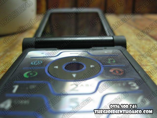 Motorola-V3i_8.jpg
