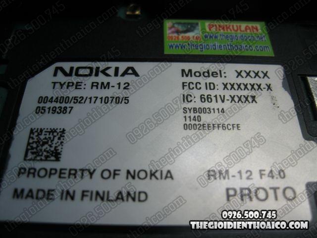 Nokia-7710-Proto_10.jpg