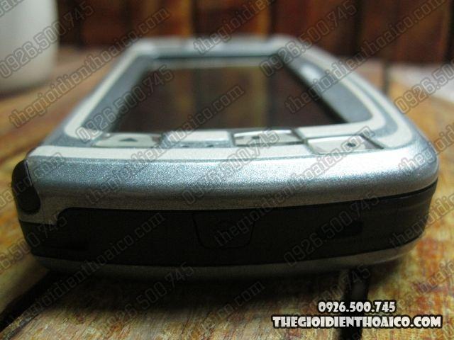 Nokia-7710-Proto_7.jpg