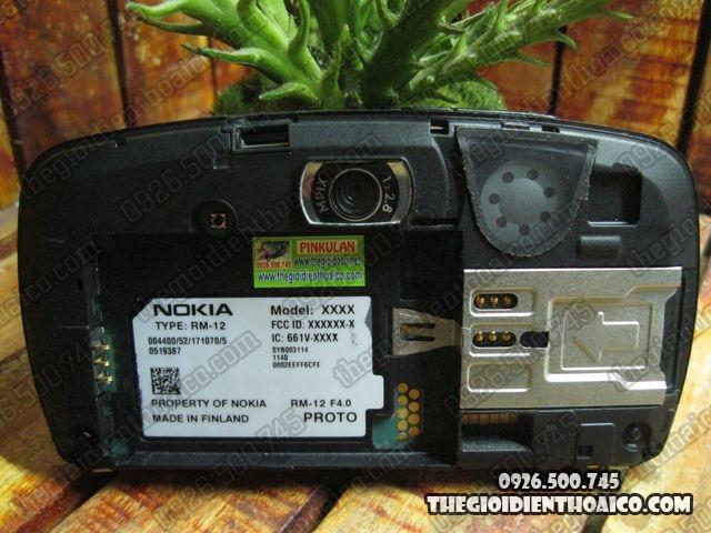 Nokia-7710-Proto_9.jpg