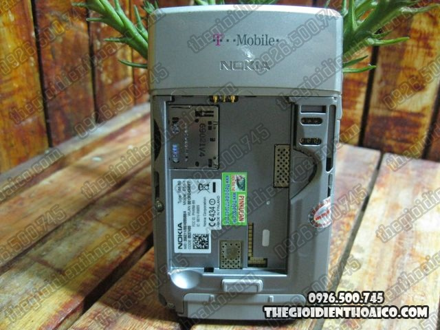 Nokia-E61-Tmobile_8.jpg