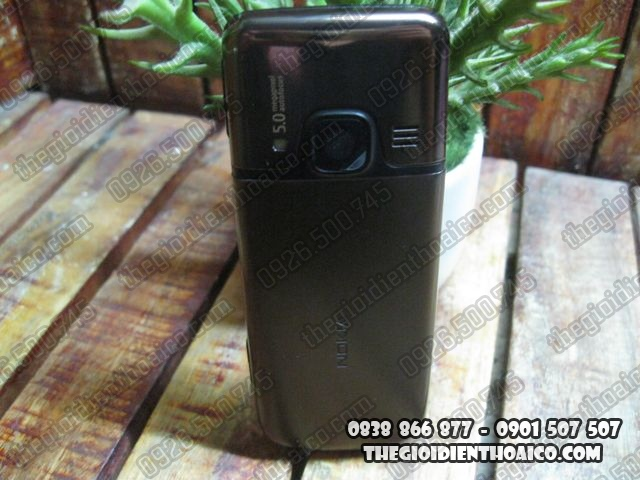 Nokia-6700_2.jpg