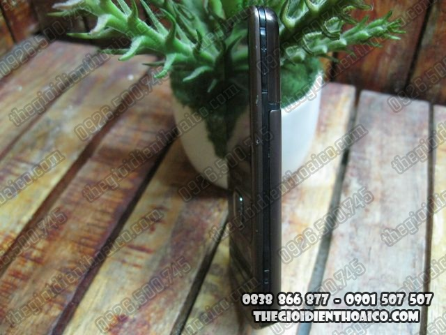 Nokia-6700_3.jpg