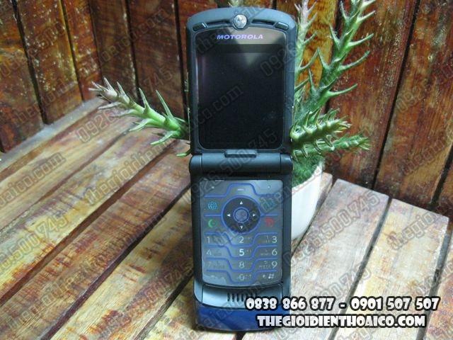 Motorola-V3i-Xanh_7.jpg