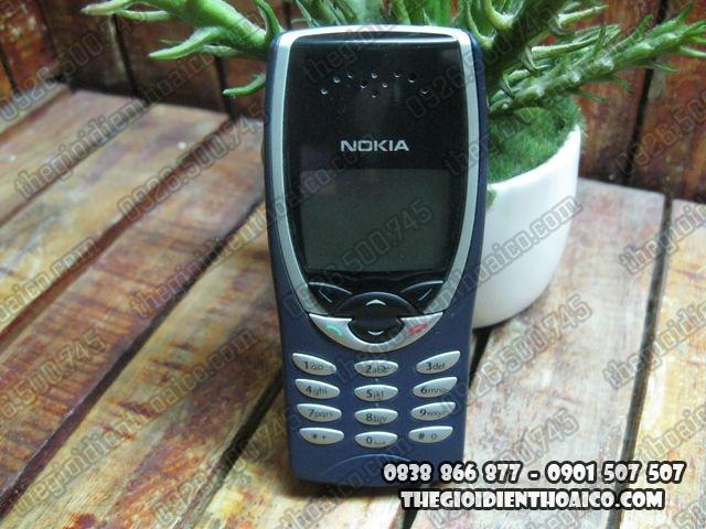 Nokia-8210_1.jpg