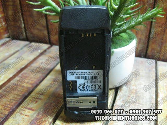Nokia-8210_7.jpg