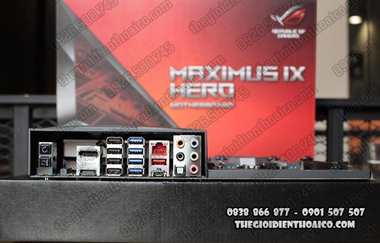 Maximus_IX_Hero_20.jpg
