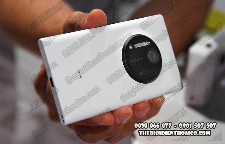 Nokia_Lumia_1020_1.jpg