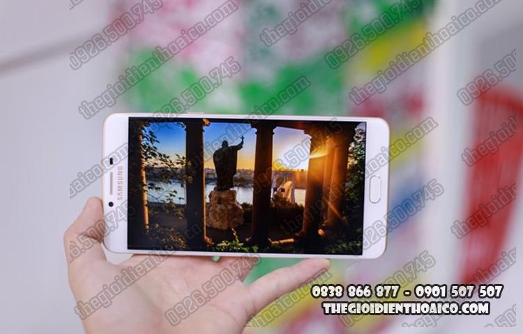 Samsung_Galaxy_C9_Pro_10.jpg
