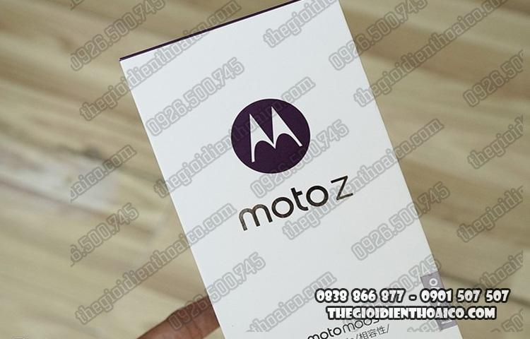 Moto_Z_1.jpg