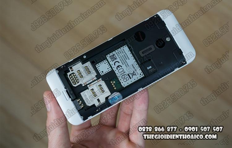 Nokia_230_Dual_SIM_9.jpg