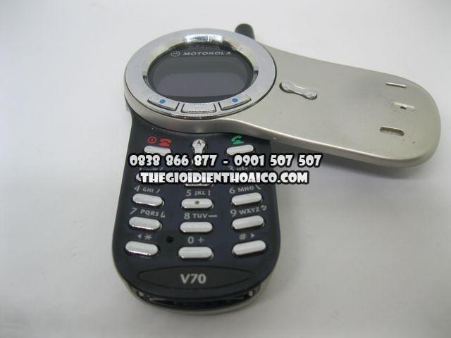 Motorola-V70_7.jpg
