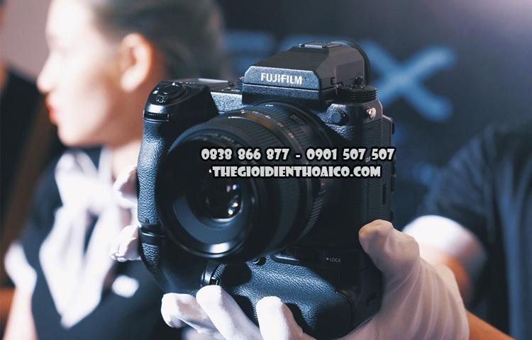 Fujifilm-GFX_50S_1.jpg