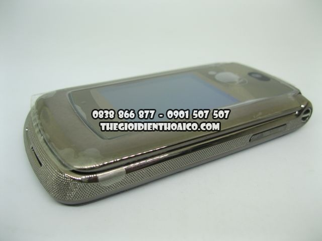 Motorola-V9-Bac-2064_5.jpg