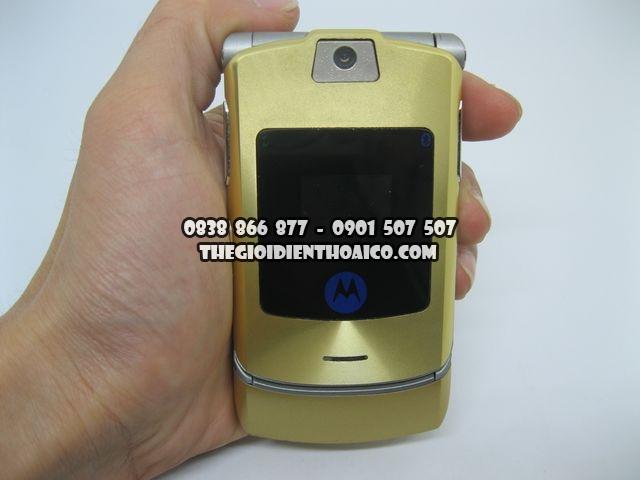 Motorola-V3i-Gold-2066_1.jpg