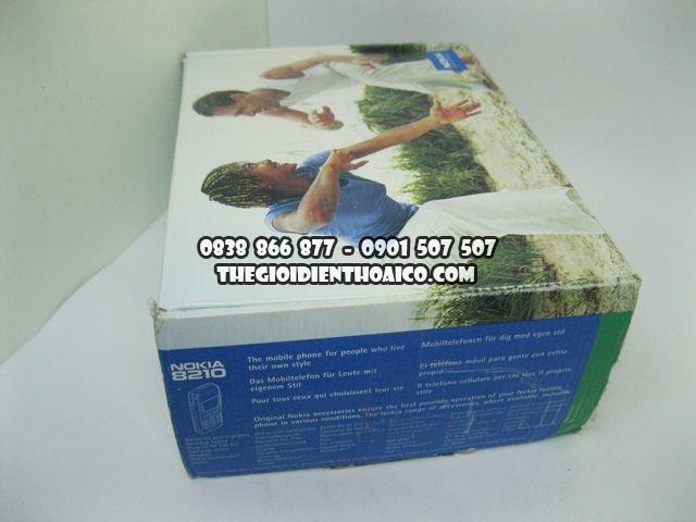 Nokia-8210-Cam_2.jpg