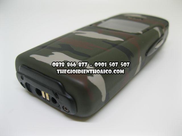 Nokia-8910-Camo_3.jpg
