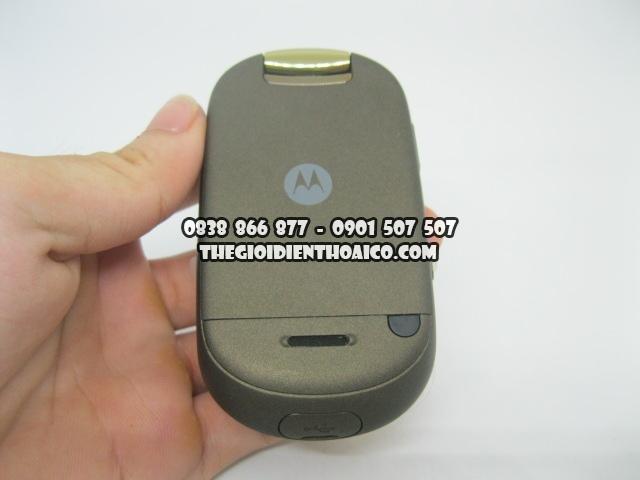Motorola-U9-Vang_2.jpg