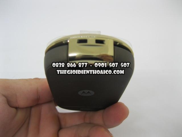 Motorola-U9-Vang_6.jpg