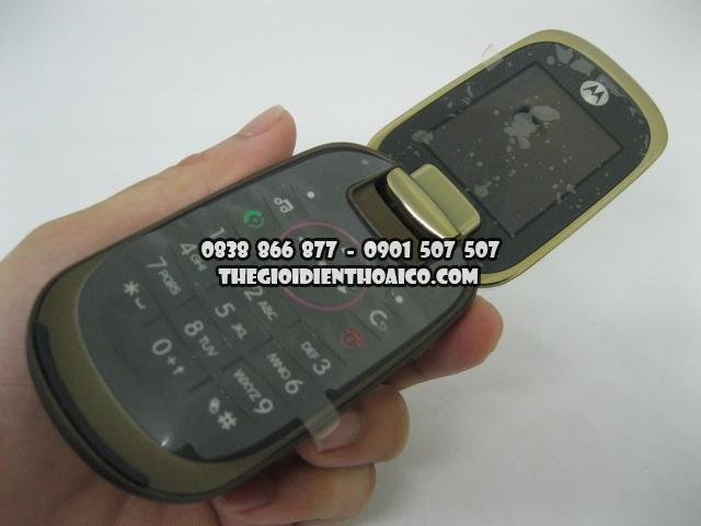 Motorola-U9-Vang_7.jpg