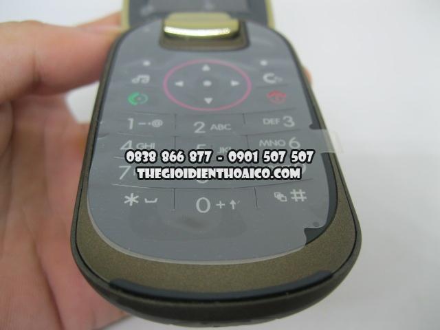 Motorola-U9-Vang_8.jpg