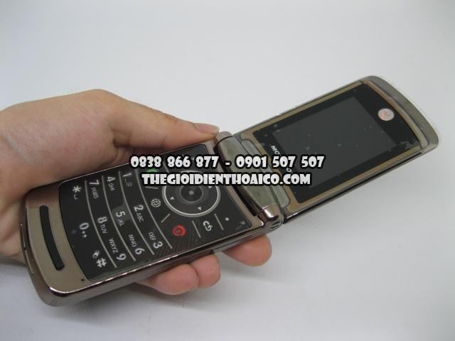 Motorola-V9-Nau_7.jpg
